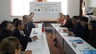 Sakura Exchange Program in Science (Kuroshio Science) Makes a Courtesy Call to University President